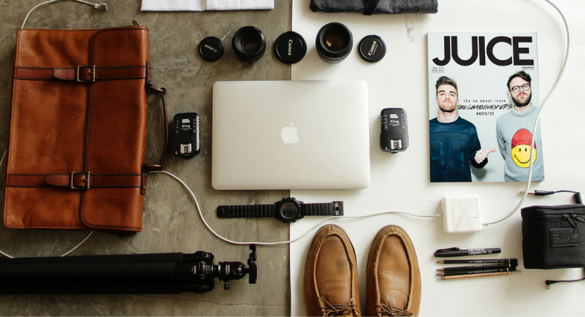 ESSENTIALS TO PACK WHEN TRAVELING